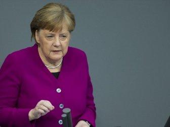 Merkel: 'Kovid-19 Salgınıyla Uzun Süre Yaşamak Zorunda Kalacağız'