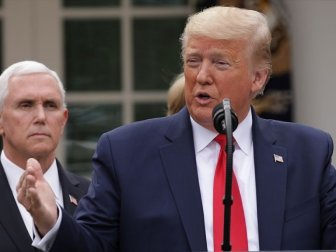 Trump, İkinci Bir Kovid-19 Salgını Olursa Ekonomiyi Durdurmayacaklarını Açıkladı