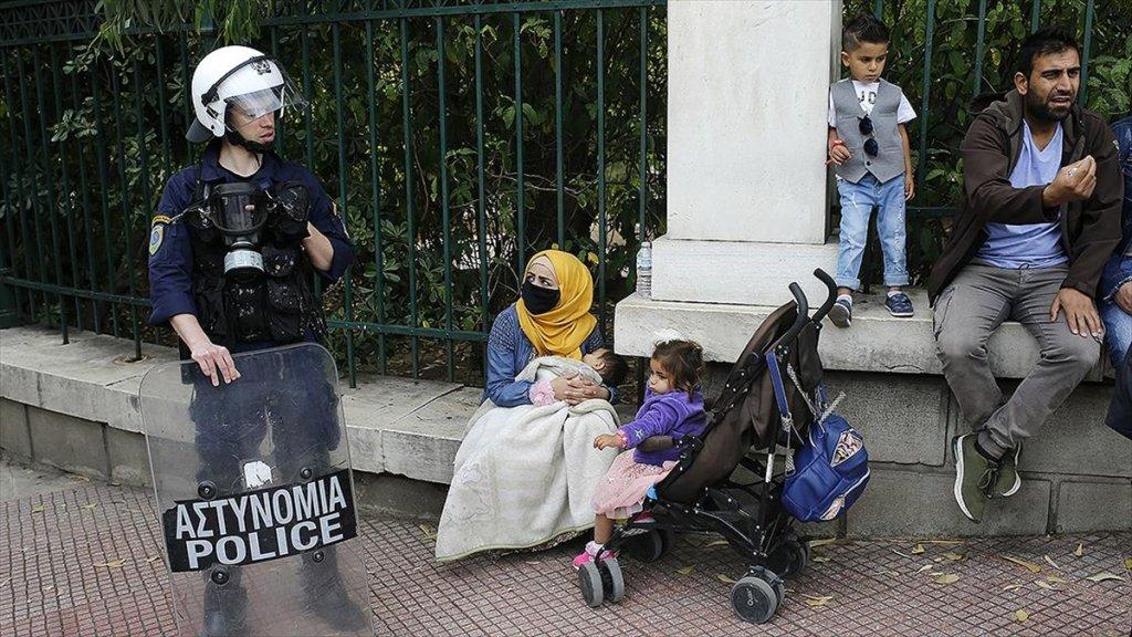 Yunanistan'da Mültecilerin yardım talebi sürüyor! Eylemle hükümete seslendiler