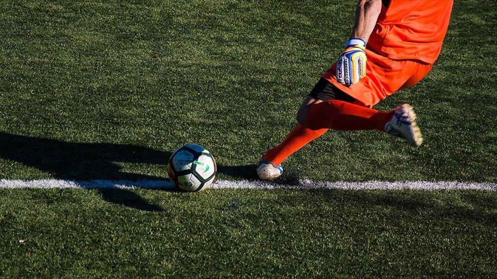 Tepkilere aldırış etmeyen İtalya Futbol Federasyonu Başkanı ısrarını sürdürüyor