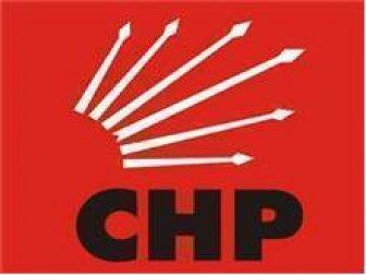 CHP'de kılıçlar yeniden çekildi