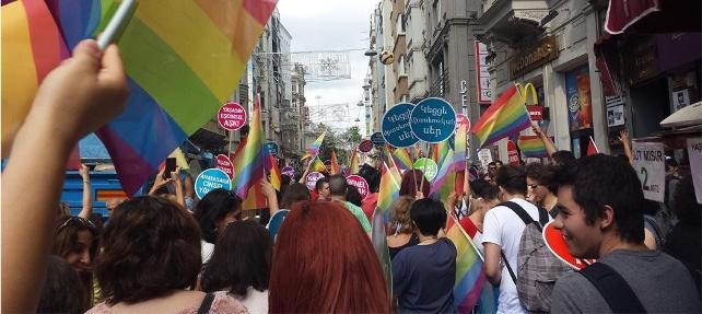 Nefret cinayetlerine kurban giden LGBTİ'liler anılıyor