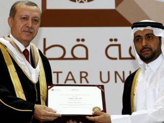 Erdoğan'a Katar'da fahri doktora unvanı