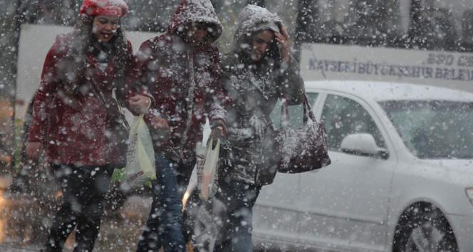 Kuvvetli kar yağışı geliyor! Bu illere dikkat!