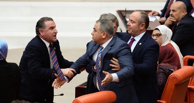 Meclis'te AK Parti-CHP gerginliği