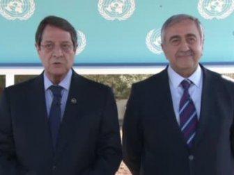 Kıbrıslı liderlerden iki dilde yılbaşı mesajı