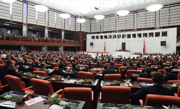 AB ile ilgili birçok yasa Meclis'e geliyor