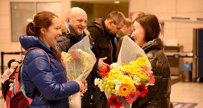 Ruslara çiçekli karşılama