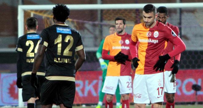 Galatasaray zirveden koptu