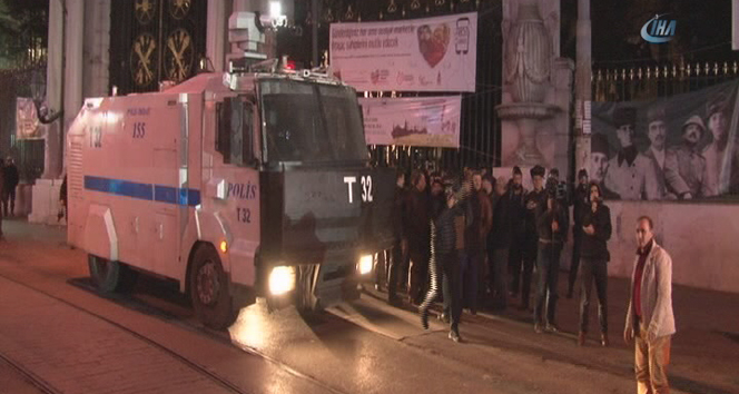 Galatasaray Meydanı'nda polis müdahalesi