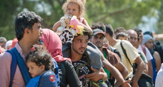 Avrupa 1 milyon mülteci bekliyor