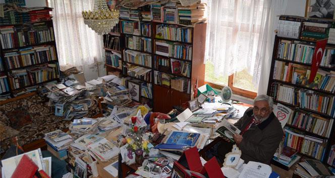 40 yılda 10 bin kitap ! İnanılır gibi değil bu adam!