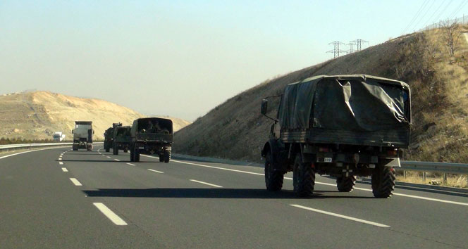 Sınırda askeri hareketlilik!
