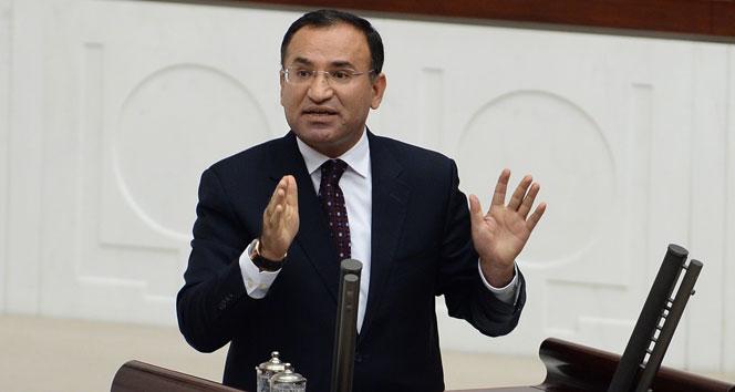 Bozdağ: 'CHP 1982 anayasasından rahatsız değil'