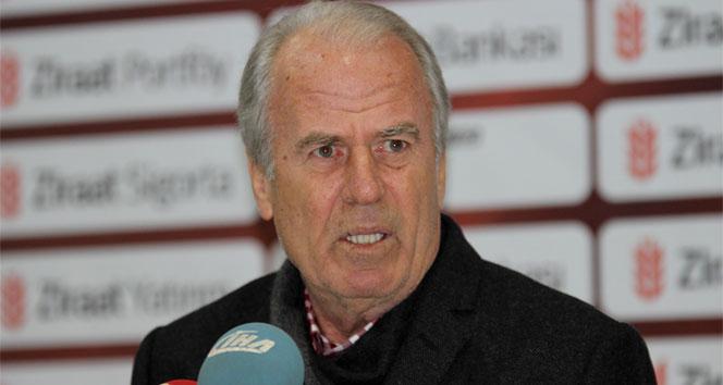 Galatasaray'da şok ! Mustafa Denizli istifasını ilan etti!