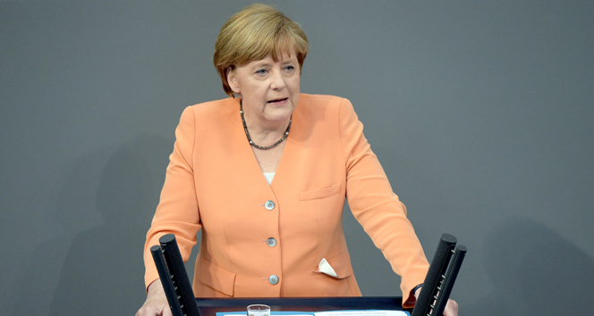 Merkel: 'Türkiye görevini yaptı sıra Avrupa'da'