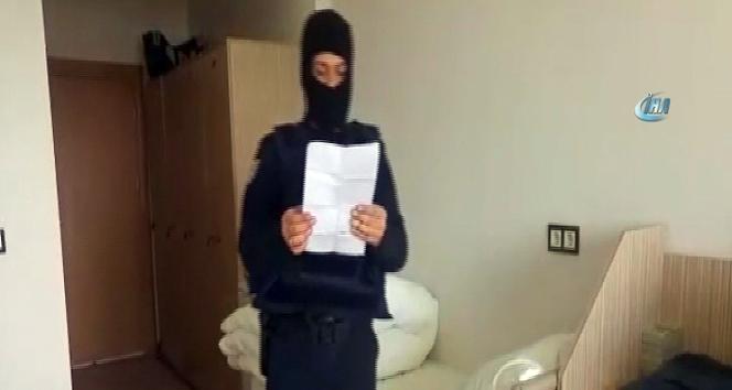 Çatışma bölgesindeki polisleri duygulandıran hediye