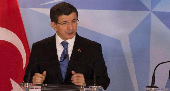 Davutoğlu PKK çadırına izin veren Belçika'ya sert tepki