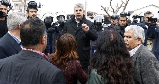 HDP'li vekile Polisten anlamlı tepki! Böyle bir günde...