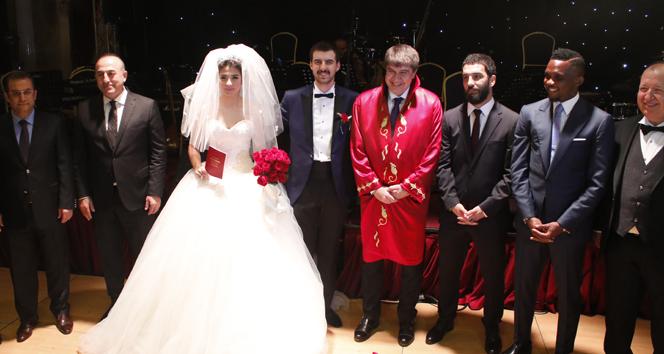 Arda Turan nikah şahidi oldu