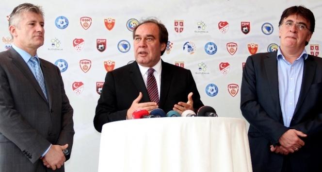 Demirören UEFA yetkilisi ile görüşecek