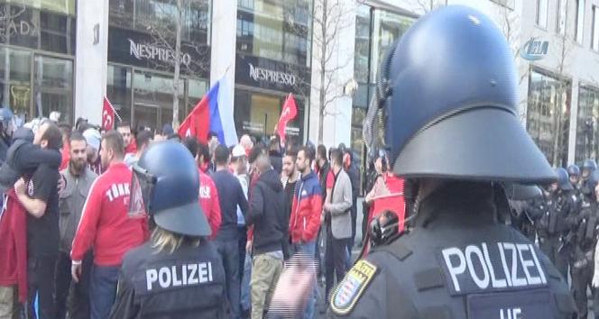 Almanya'da olaylar çıktı