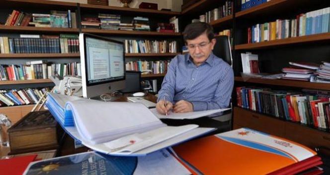 Ahmet Davutoğlu'nun bilinmeyen yönü
