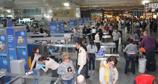 Atatürk Havalimanı'nda güvenlik önlemlerinde yeni uygulama