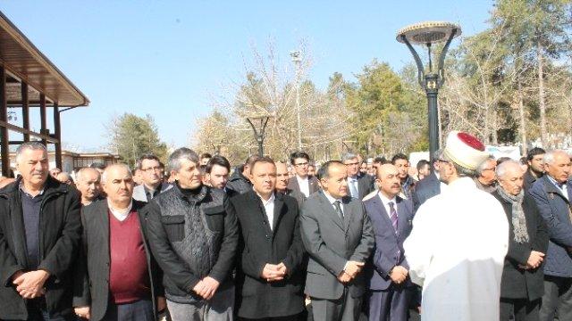 AK Partili İnceöz'ün acı günü