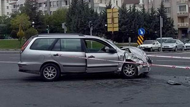 Kaza yapan otomobilden çıkan kişi sayısı şok etti!