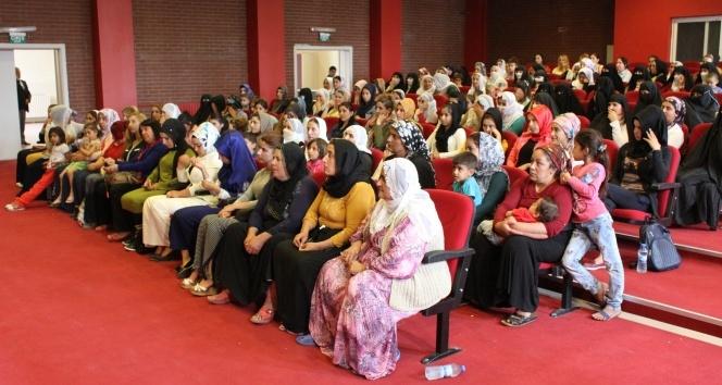 Kadınlara mikro kredi semineri