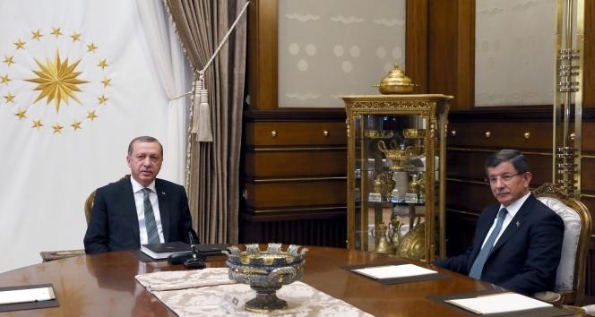 Erdoğan – Davutoğlu arasındaki zirve sona erdi