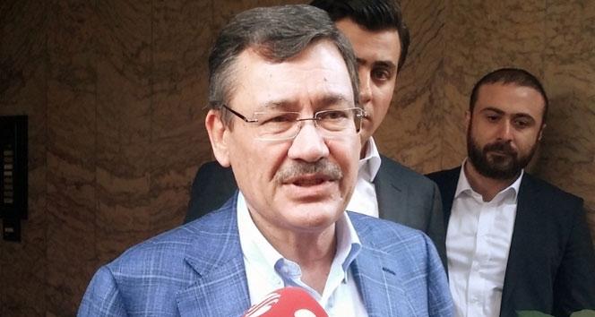 Gökçek'ten çok konuşulacak Davutoğlu tweeti
