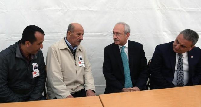 Kılıçdaroğlu'ndan şehit babasına ziyaret