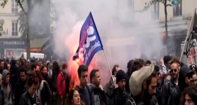 Fransa'da 'Yeni çalışma yasası' protestosu