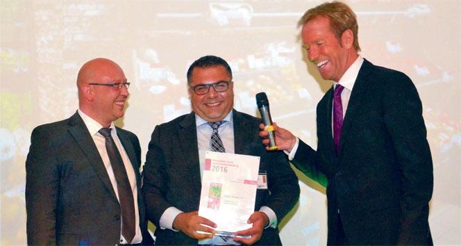 Almanya'nın en iyi manav ödülüne sahip Türk