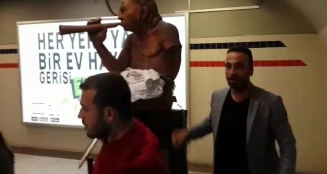 İzmir'de akıl almaz yobazlık!