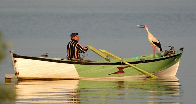 Leylekle balıkçının dostluğu La Fontaine masallarını andırıyor