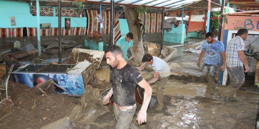 Muş'ta sel felaketi bir çok can aldı!