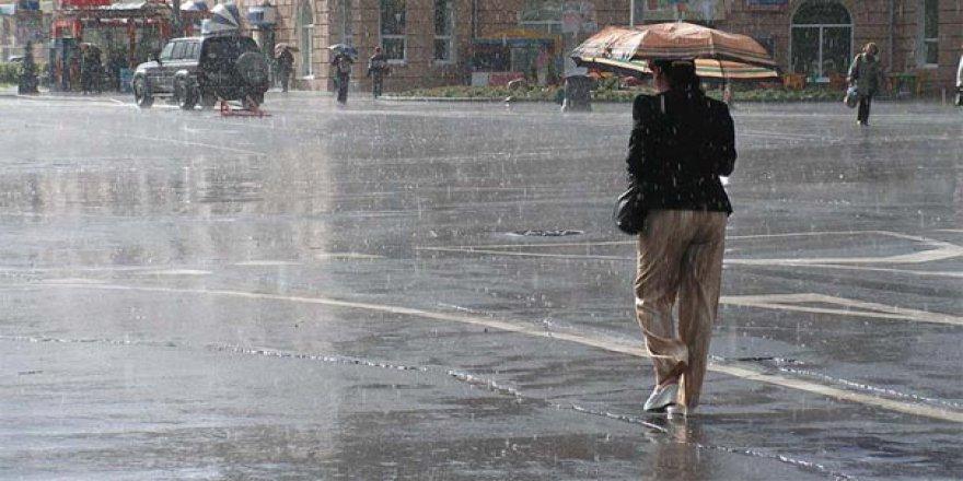 Meteoroloji saat verdi! Sağanak yağış geliyor...