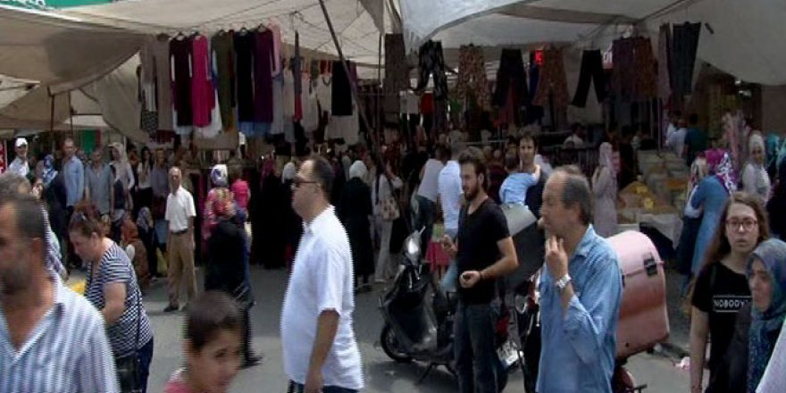 İstanbul'da Pazarda canlı bomba paniği