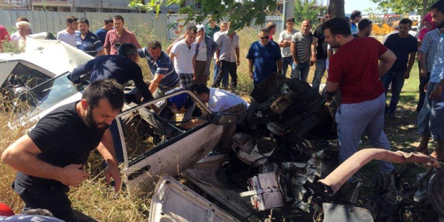 Sakarya'da korkunç kaza! 3 ölü, 2 yaralı