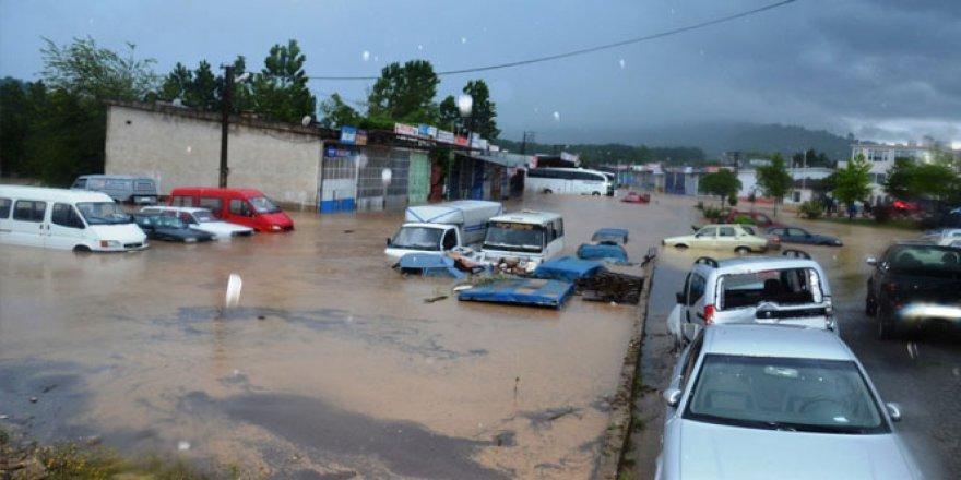 Ordu'da sel felaketi: 2 ölü, 1 kayıp