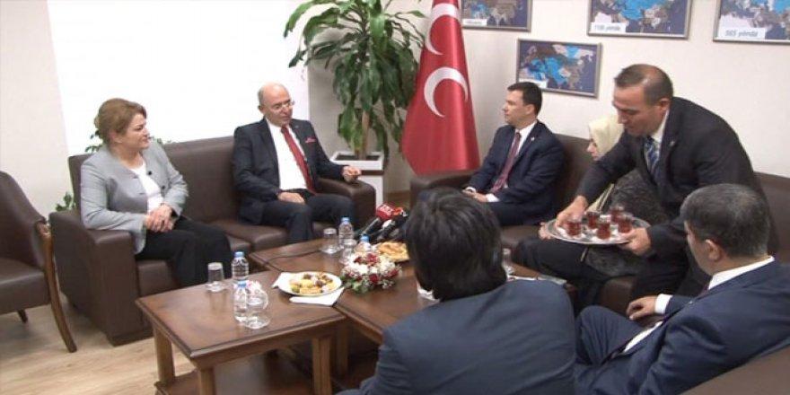 AK Parti'den MHP'ye bayram ziyareti