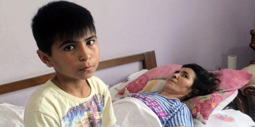 12 yaşındaki Seçkin ve annesine Bakan'lar sahip çıktı!