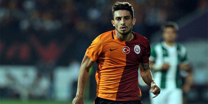 Galatasaray, Alex Telles'i borsaya bildirdi