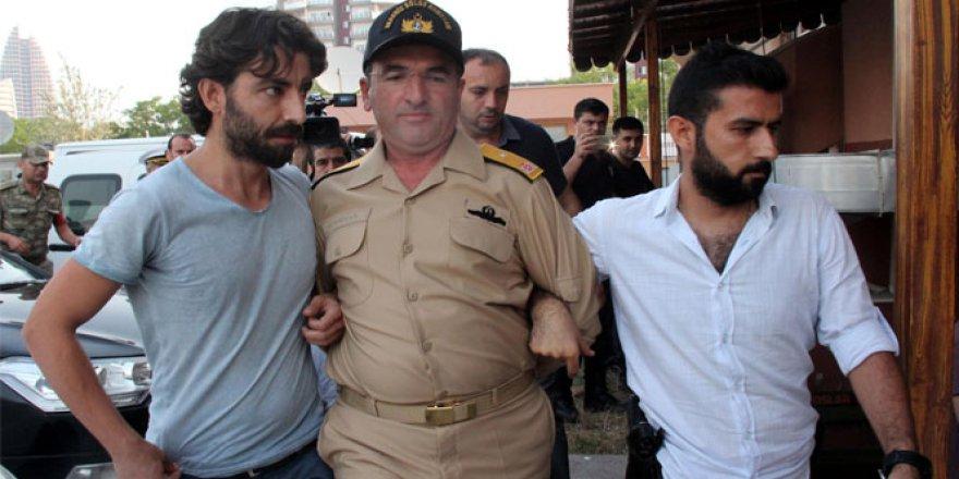 Tüm Türkiye'de darbecilere gözaltı dalgası