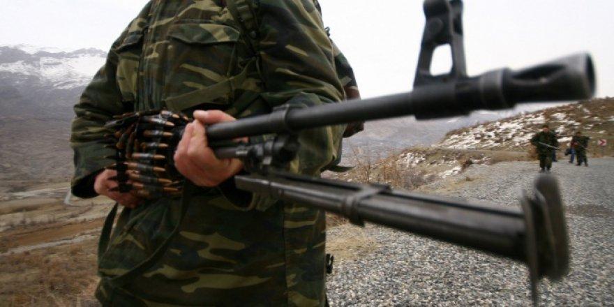 Siirt'te üs bölgesine saldırı: 2 yaralı