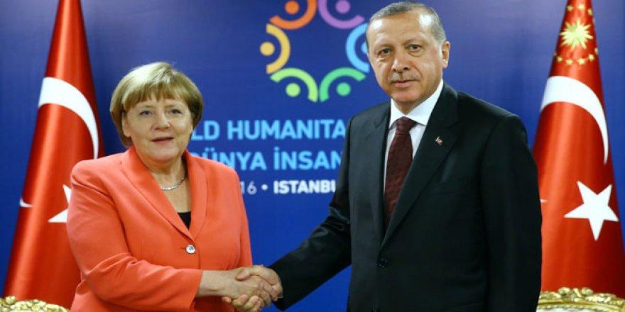 Cumhurbaşkanı Erdoğan'dan iki önemli isimle telefon görüşmesi
