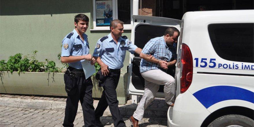 Paralel yurt baskını! Toplam 8 gözaltı